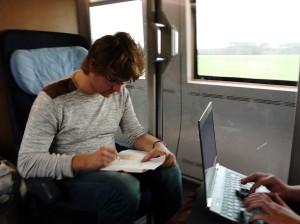 Schreiben in einem Zug_Auf dem Weg zum Blogeintrag_Foto Anne Kirschbaum